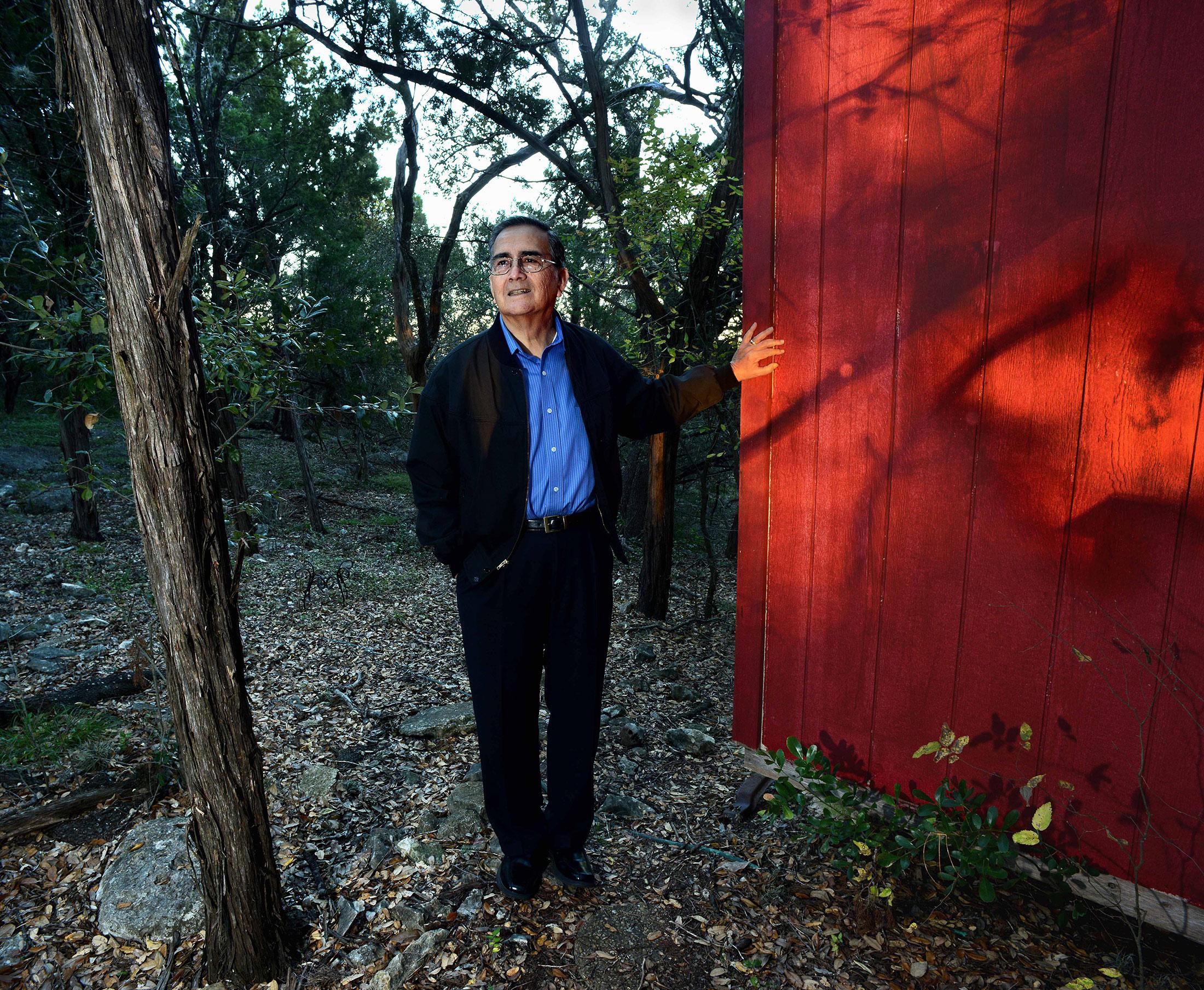 Portrait of Robert Garcia – Historian